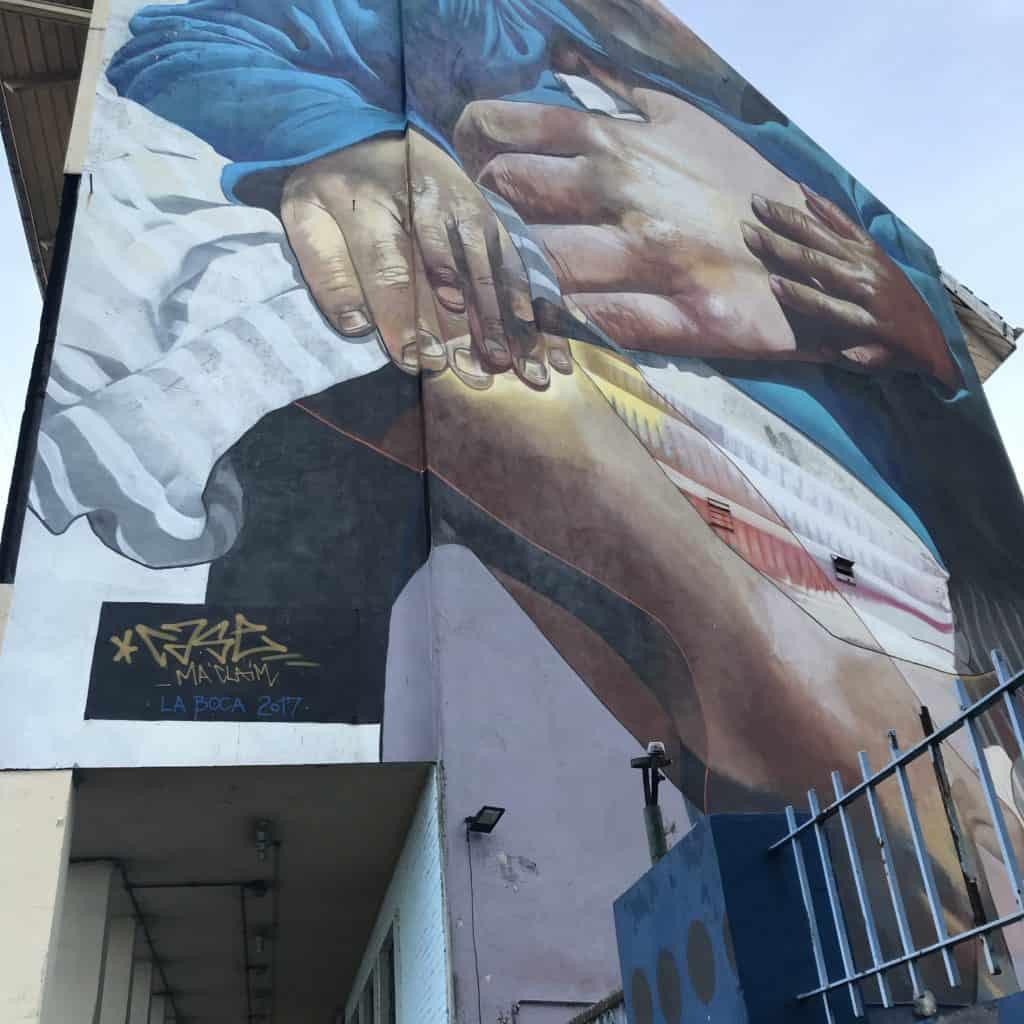 Graffiti image in La Boca.
