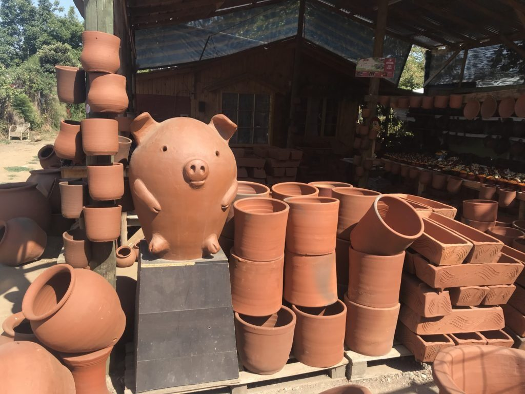 A local pottery store in the less touristy part of Pomaire.