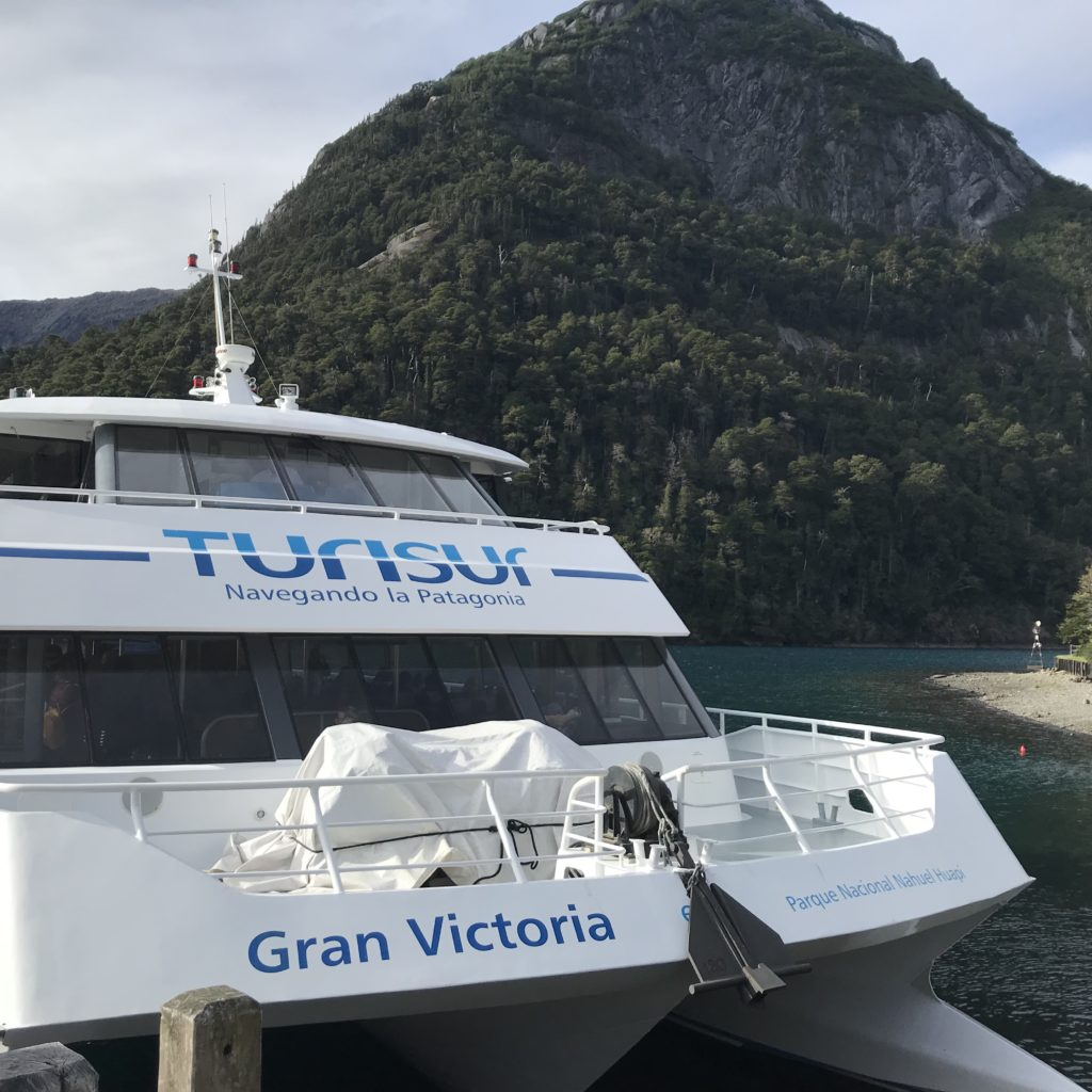 Turisur boat used during Cruce Andino lake crossing.