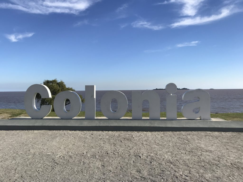 The Colonia sign.
