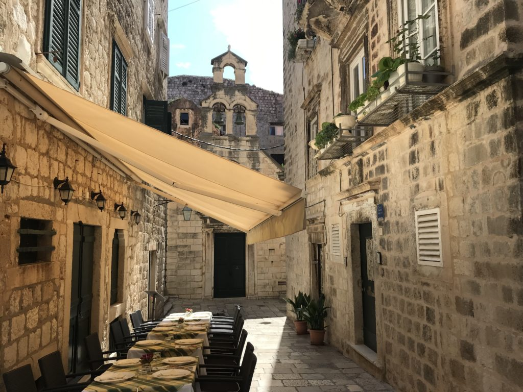 A street side restaurant in Dubrovnik's old town.