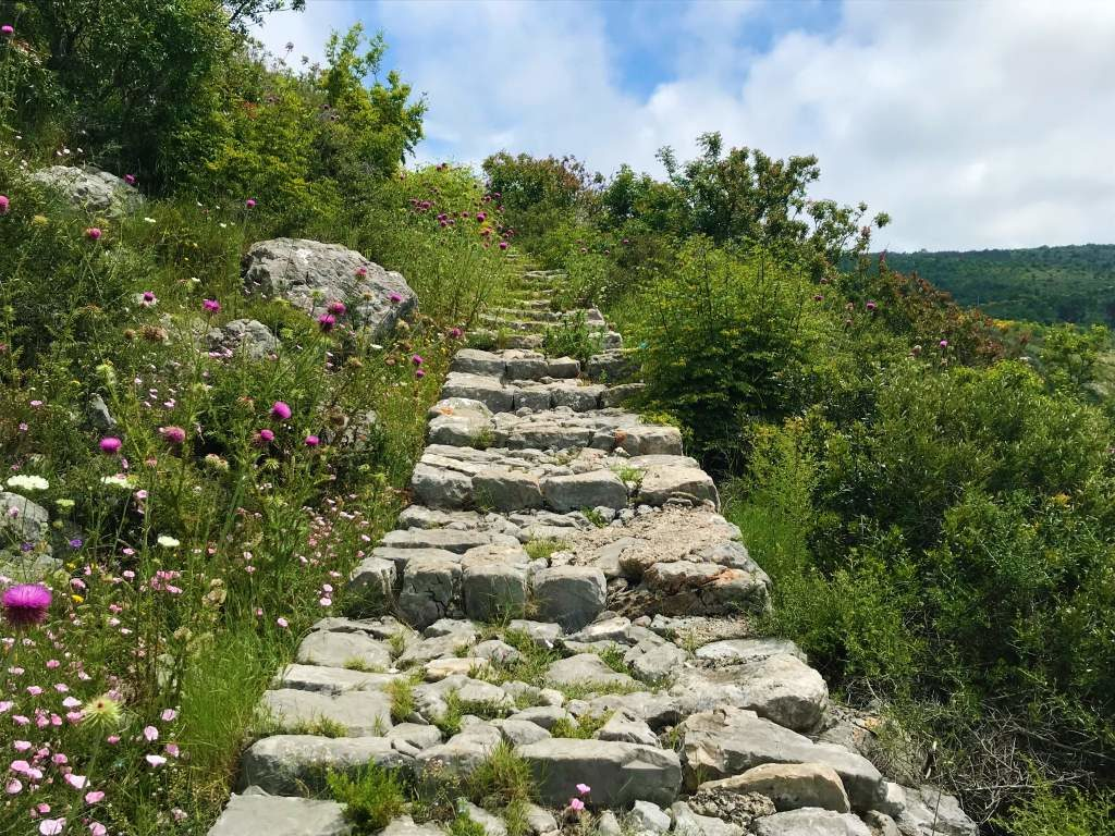 Stone steps on the hike from Bosanka to Dubrovnik.