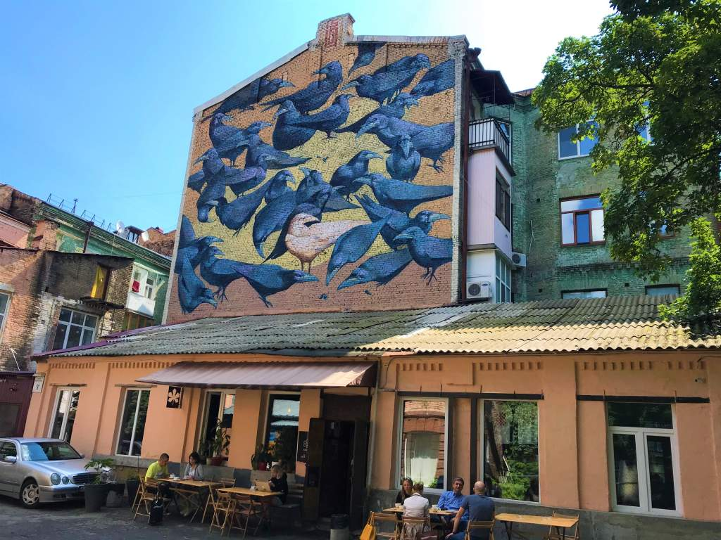 Raven graffiti at Kashtan Cafe.