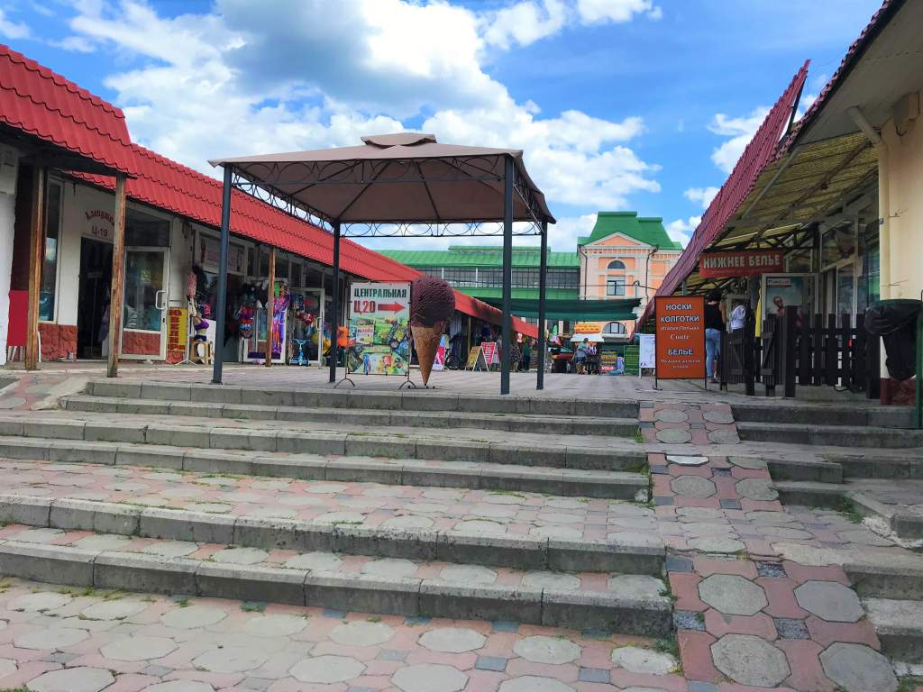 Accessible ramp in the Privoz Market.