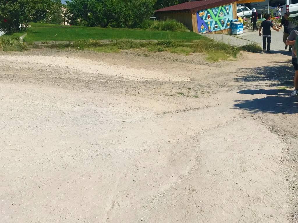 The dirt, accessible path at Uçhisar Castle.