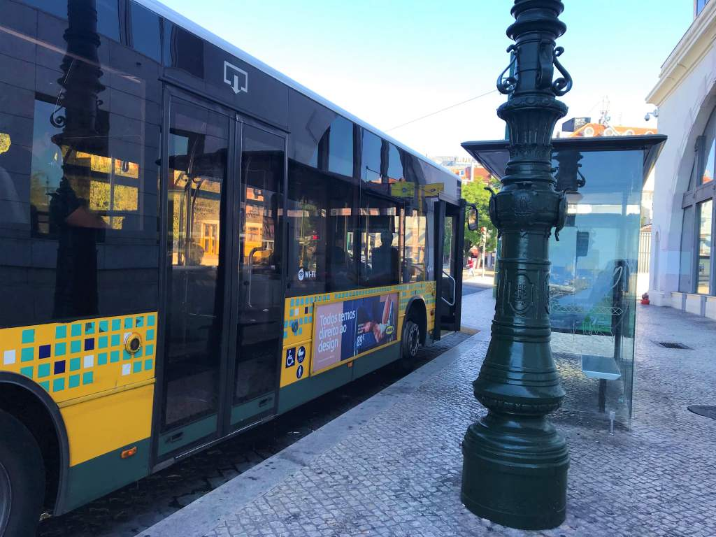 A Lisbon bus showing the wheelchair accessible second door.