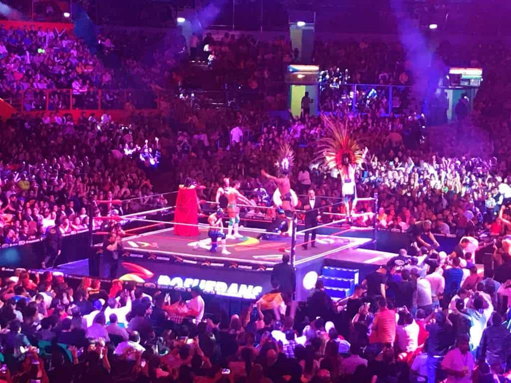 A lucha libre match.
