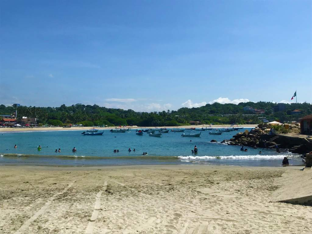 The port, which is one of the most wheelchair accessible beach areas in Puerto Escondido.