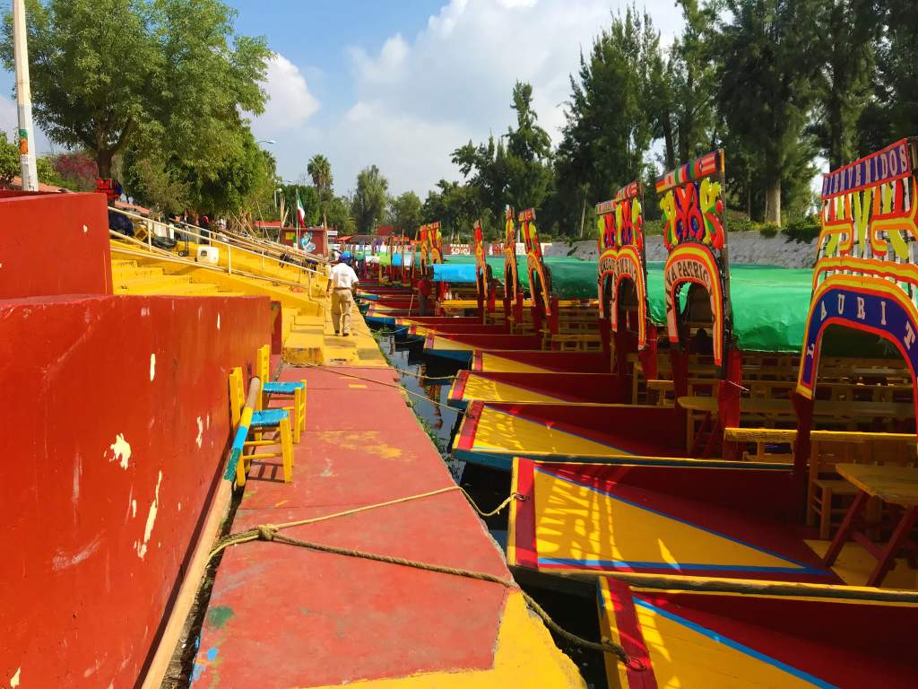 The wheelchair accessible port at Xochimilco.