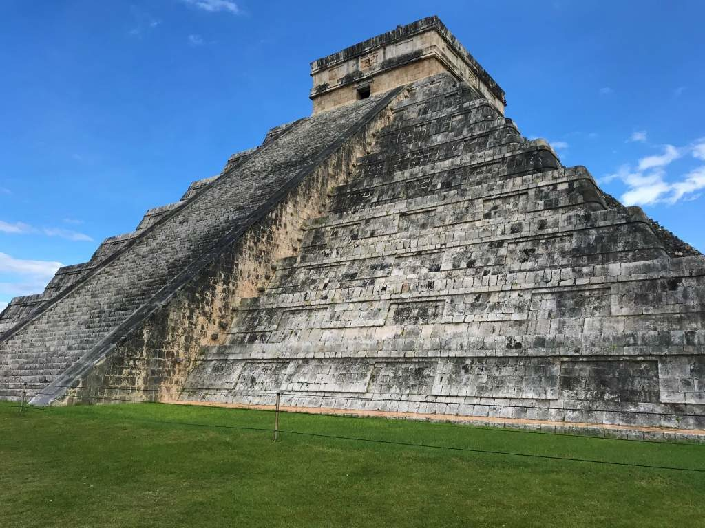 The El Castillo pyramid offers good wheelchair accessibility at Chichén Itzá.