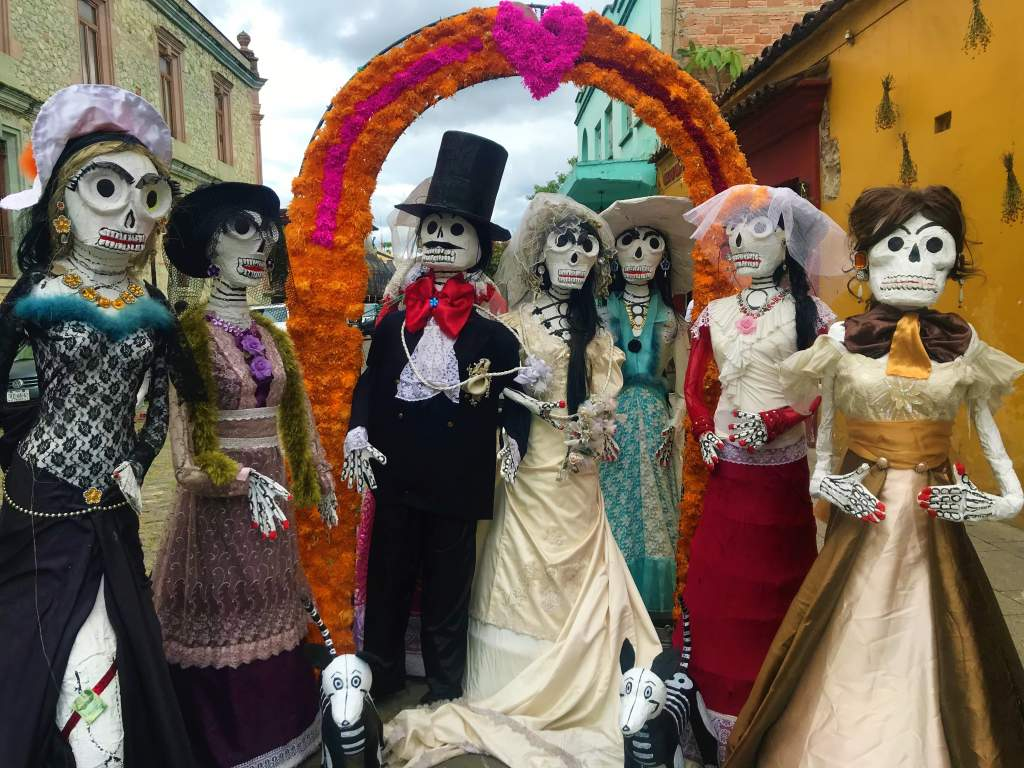 A skeleton bridal party for Day of the Dead.