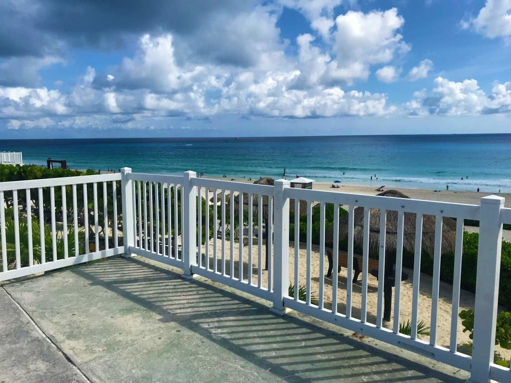 A wheelchair accessible side balcony viewing area at the Playa Delfines lookout point in Cancun.