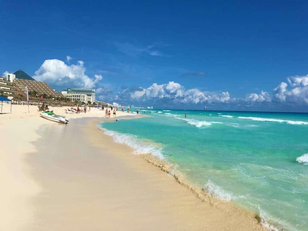 Blue water in Cancun.