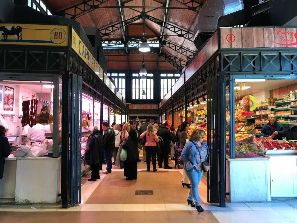 Inside the Abastos Market, which is a wheelchair accessible activity in Aranjuez.