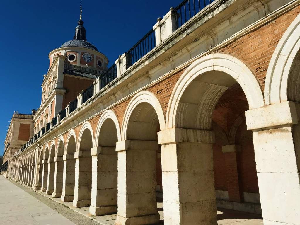 A Wheelchair User's Guide to Aranjuez, Spain