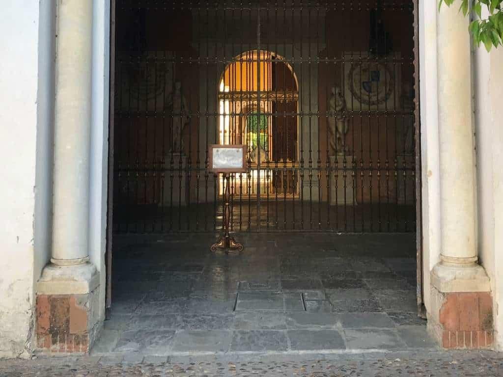 The entrance to Casa de Pilatos.