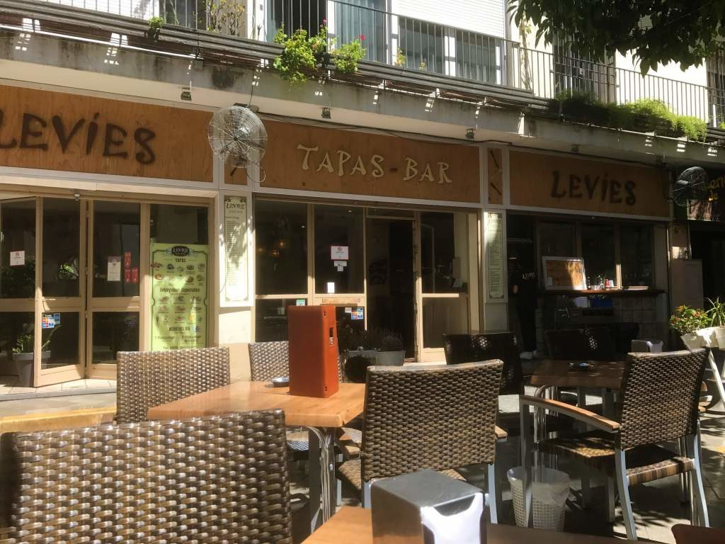 Outdoor seating at Levies.