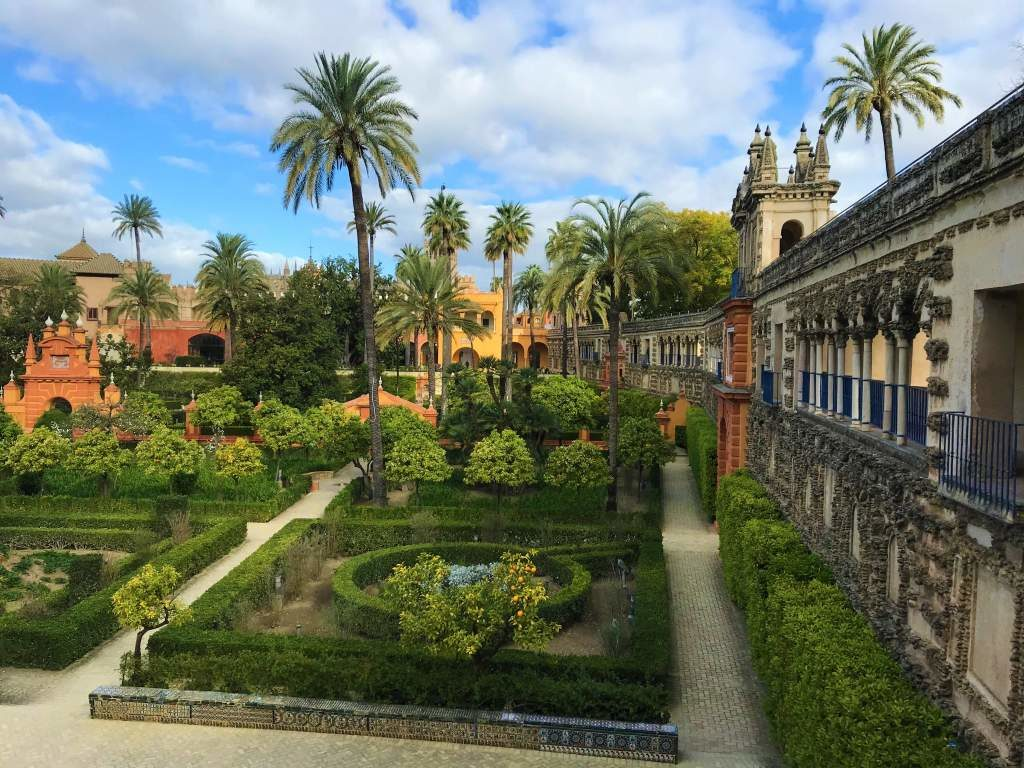 A panoramic view of the Alcázar gardens.