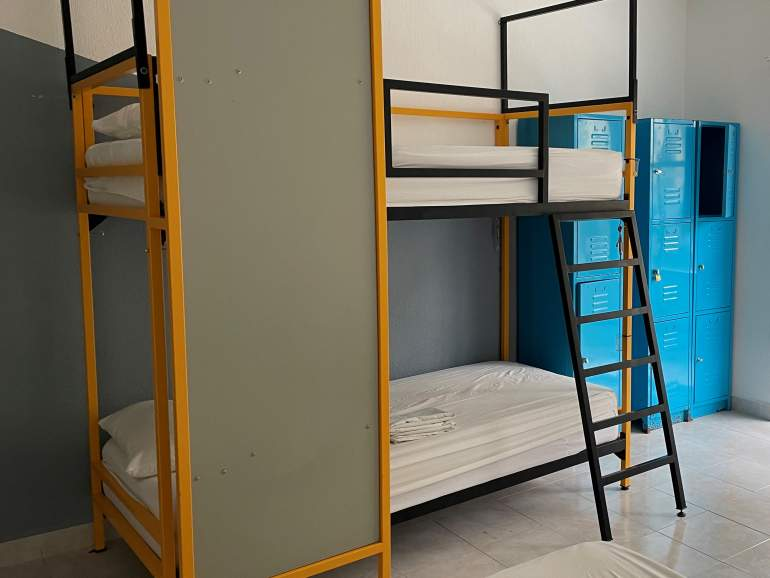 Example of bunk beds.