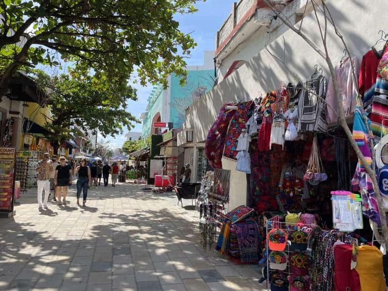 Street vendors on 5th Avenue Playa del Carmen.