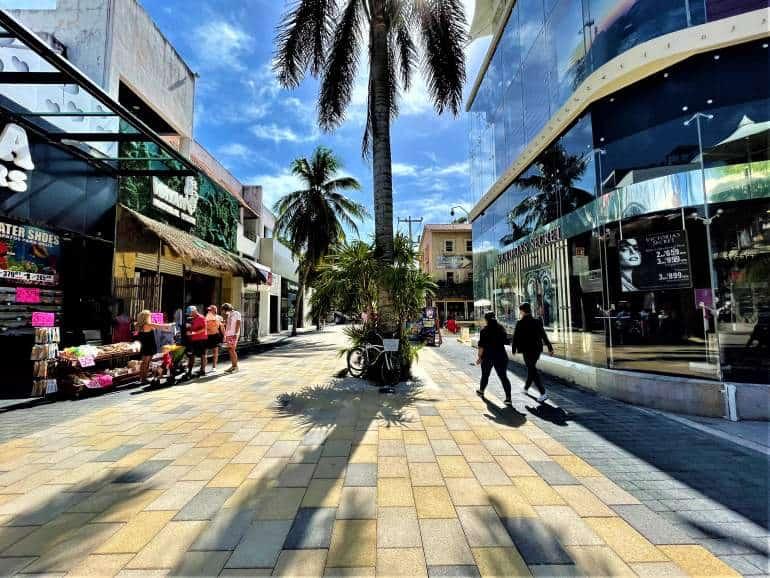 5th Avenue in Playa del Carmen.