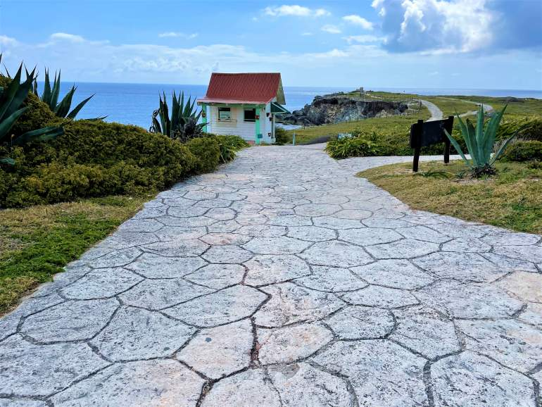 The wheelchair accessible path leading to Punta Sur, Isla Mujeres.