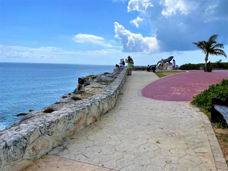 The free boardwalk at Punta Sur.
