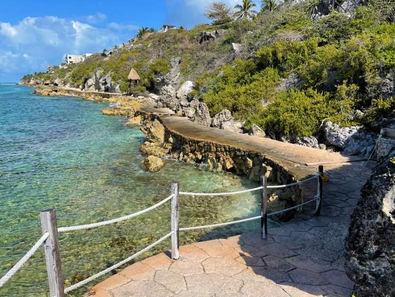 Wheelchair accessible sidewalk along the ocean in Punta Sur.