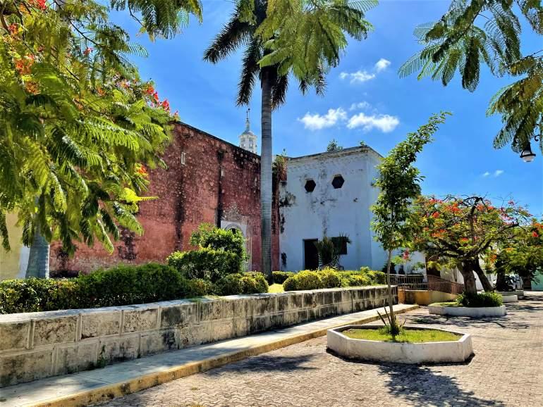 A Wheelchair User's Guide to Merida, Mexico