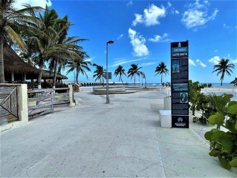 The wheelchair accessible entrance to Progreso beach.