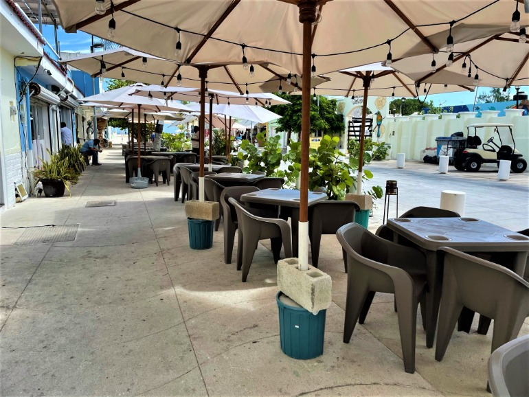 Outdoor accessible restaurant seating in downtown Progreso.